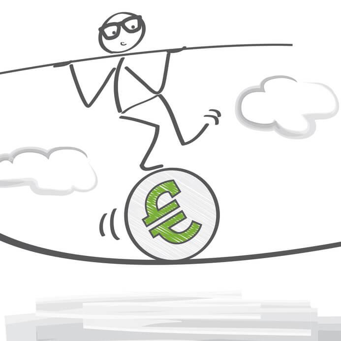 Der EZB geht es auch um das Vertrauen der Bürger und Bürgerinnen in den Euro. Jedoch wird der Aufkauf von Staatsanleihen von vielen Ökonomen stark kritisiert.