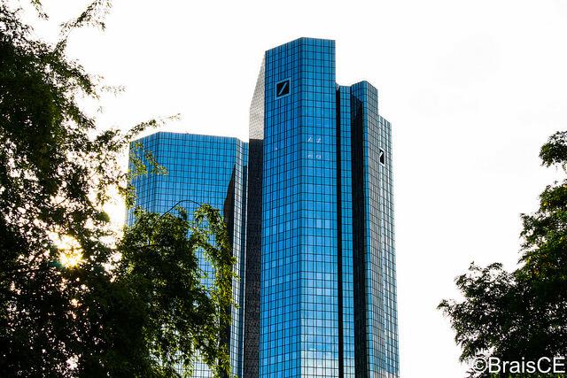 Libor-Skandal: Deutsche Bank zahlt Strafe in Milliardenhöhe