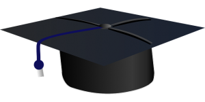graduation-303424_640-pixabay