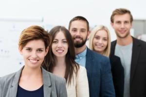 Wir sind kundenorientiertes und junges Team © contrastwerkstatt – Fotolia.com