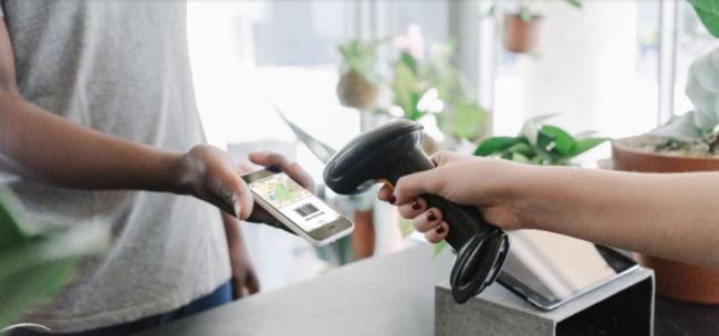 Mit N26 können Sie in Geschäften Bargeld abheben
